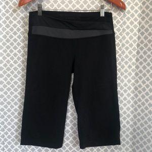 """Lululemon gray black cropped 14"""" leggings"""